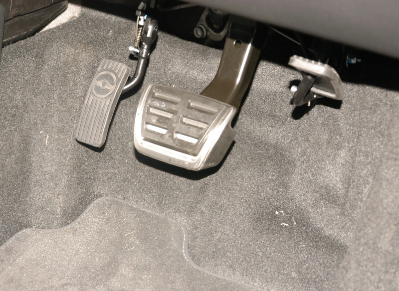 Twin Flip Left Foot Pedal Transfer